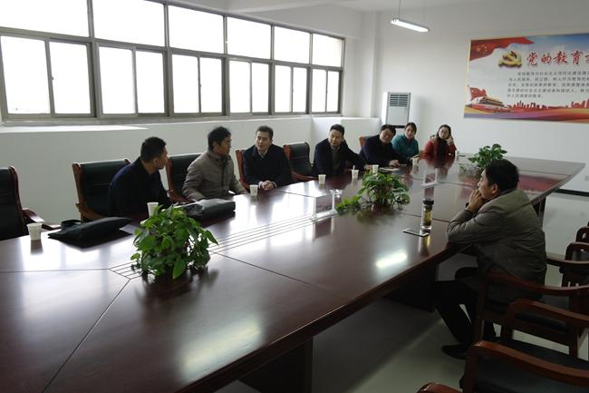 江苏省徐州市棠张高级中学来我校参观交流